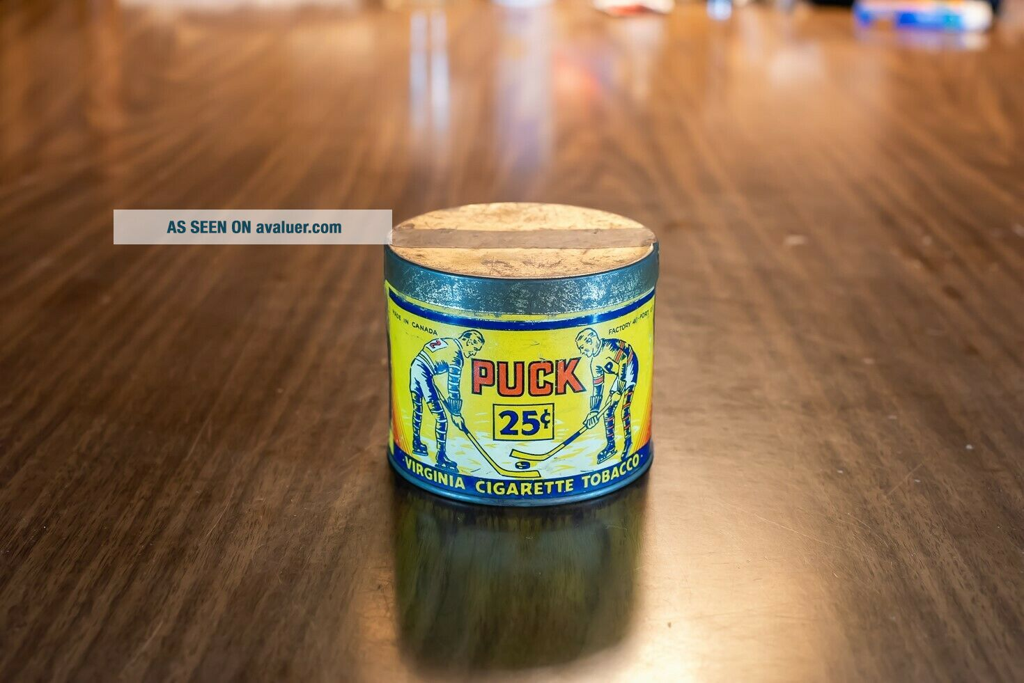 VINTAGE PUCK TOBACCO TIN 1915 ' s Very Rare CANADA HOCKEY ADVERTISING
