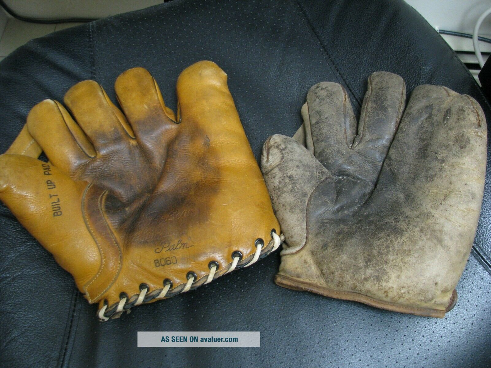 2 OLD BASBEALL GLOVES D&M AND STALL & DEAN SPECIAL 8060