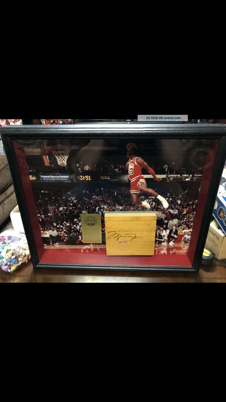 Michael Jordan UDA Upper Deck Game Signed Auto Bulls Floor Framed 16x20