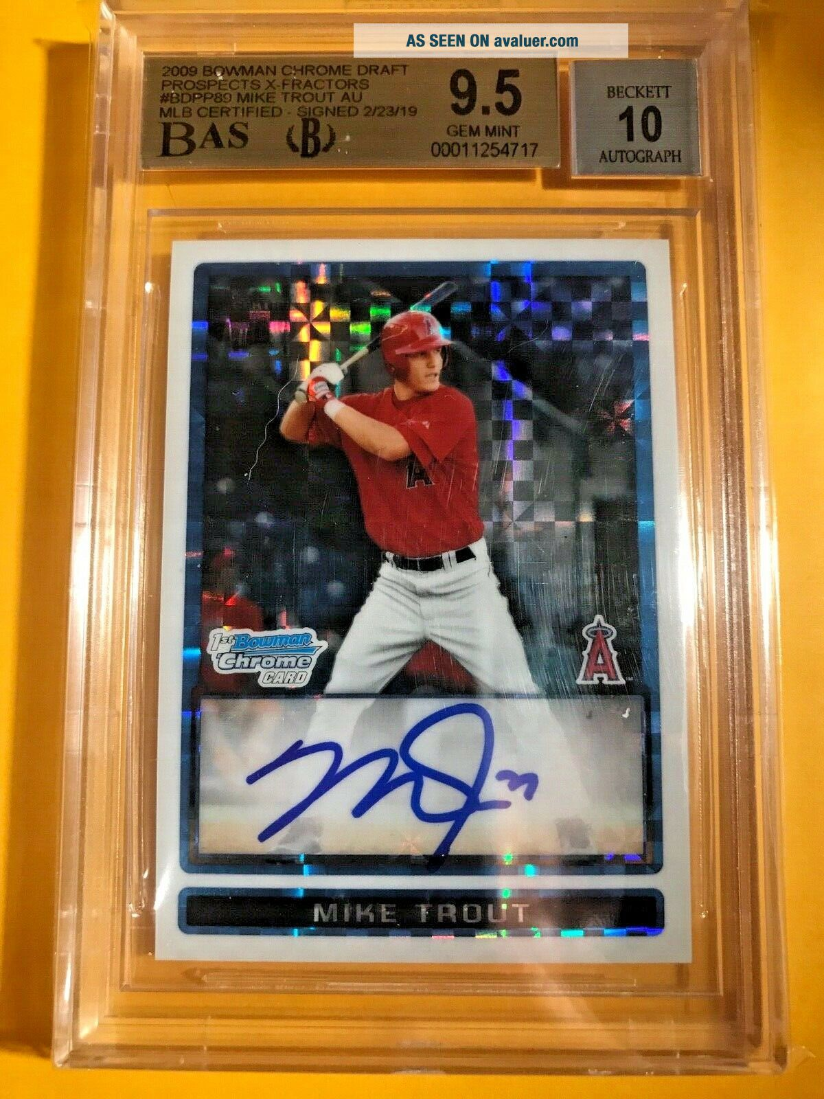 BGS 9.  5 /10 2009 BOWMAN CHROME DRAFT MIKE TROUT X - FRACTOR AUTO /225 1/1 ?